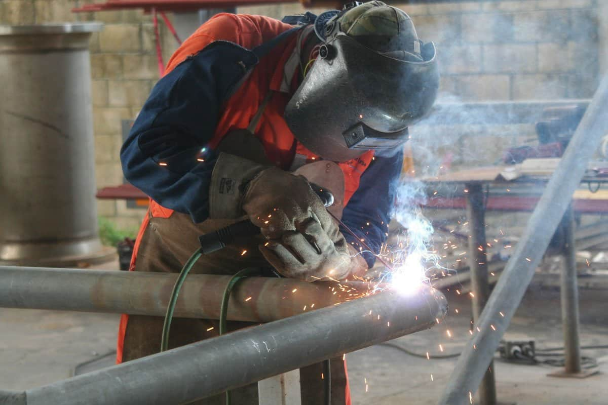 Structural-Steel-Metal-Fabricator-Contractor-in-Sydney-for-hire